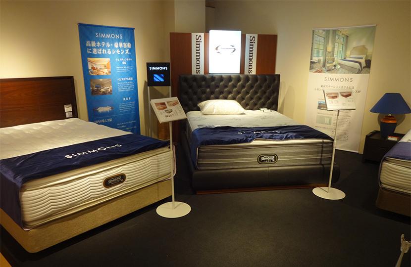 電動ベッドの会場展示